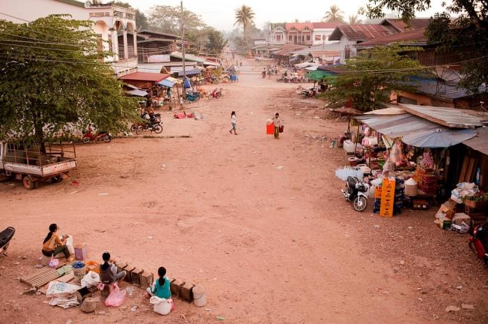Attapeu Market